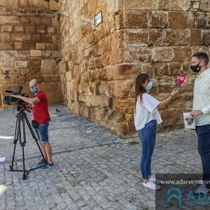 Foto del momento de la entrevista en la Puerta de Sevilla